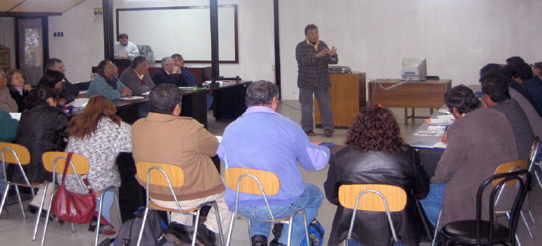reunion-centro-desarrollo-social-utem